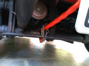 Corrente presa na suspensão do buggy e não no cambão