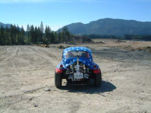 Traseira, mostrando a gaiola do motor