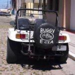Buggy BRM do Eraldo, com estepe na traseira e lanterna de Kombi