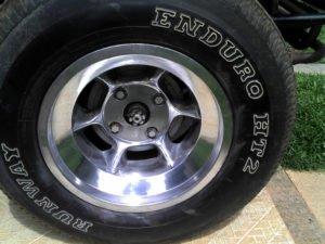 Como polir rodas de liga leve em casa